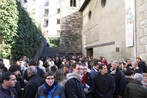 Andorra ha rebut els assitents amb un dia fred i assolellat.